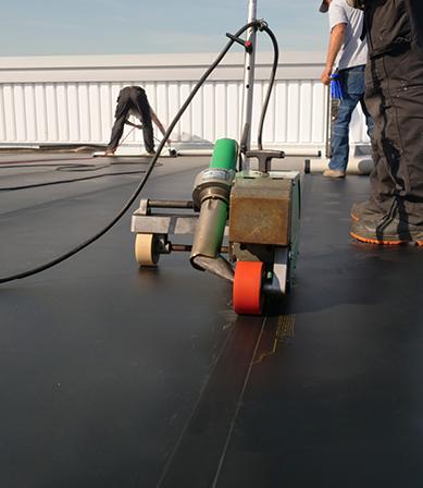 Lasautomaat voor lassen van kunststof dakbedekking