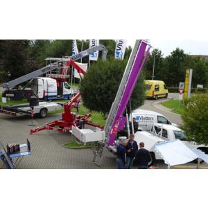 Assortiment materieel verticaal transport - ladderliften - opbouwliften - goederenliften - Vlutters