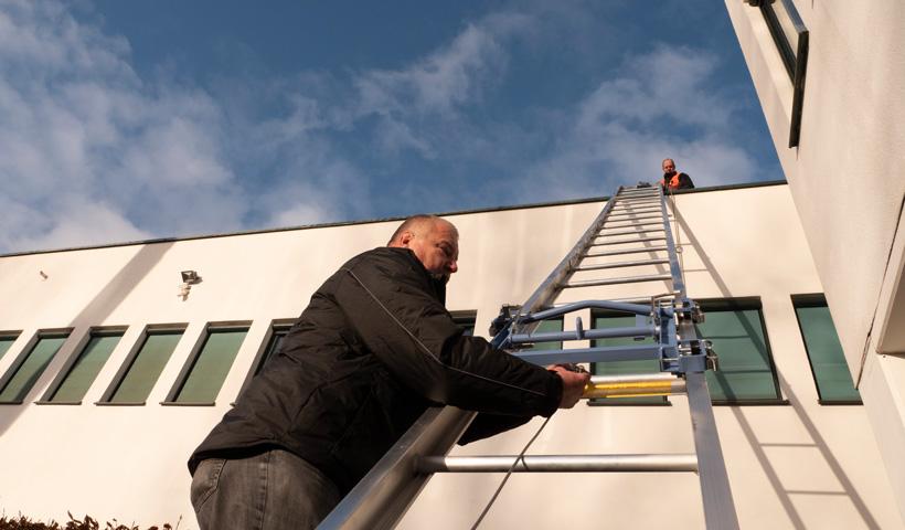 Efficiënt-werken-bouw-ladderlift-vlutters
