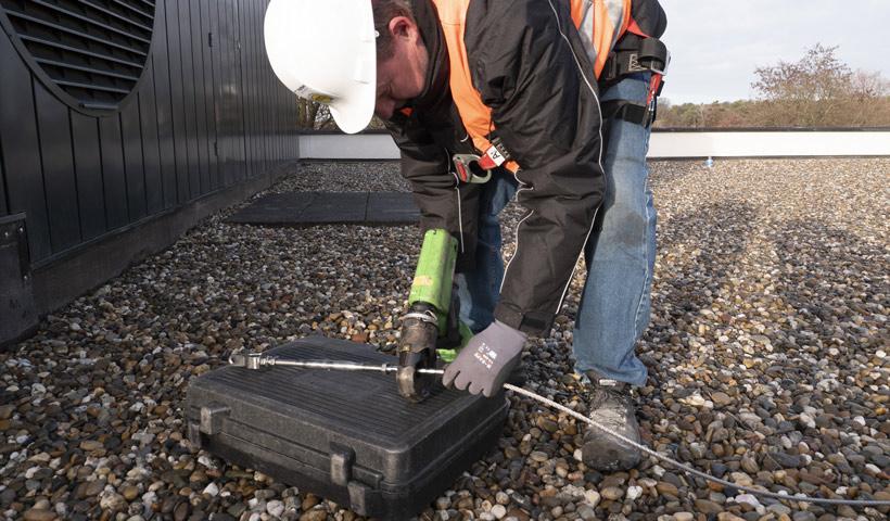 Veilig werken naar het dak - Veiligheidsspecialist